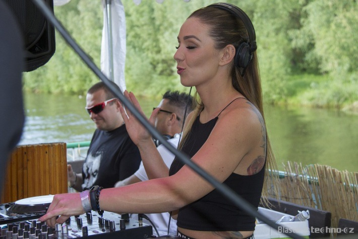 I Love Techno Boat 2019